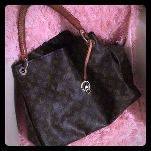 Authentic louis vuitton Artsy monogram bag Large